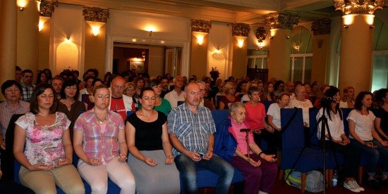4 meditation-group-in-belgrade-serbia-satsang-with-mohanji