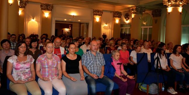 4 meditation-group-in-belgrade-serbia-satsang-with-mohanji