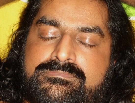 mohanji-meditating