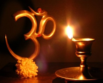 Om-Wallpaper-of-Happy-Deepavali-400x321