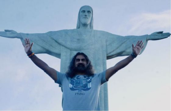 pkmohan-mohanji-atmananda-mohanji-and-jesus-at-rio