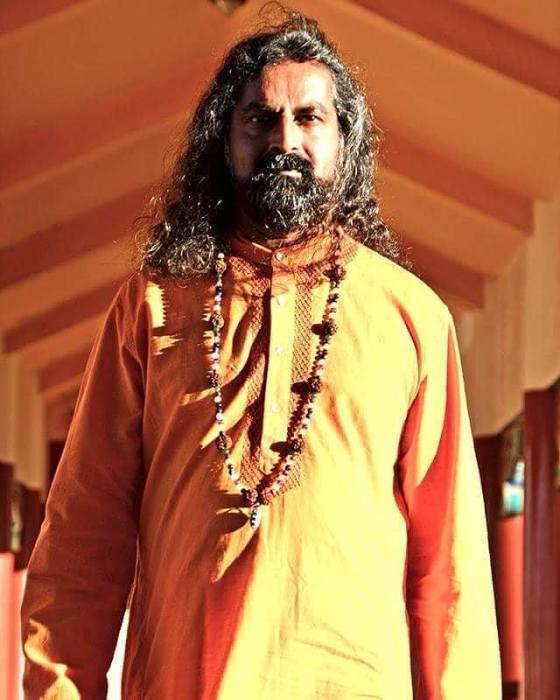 pkmohan-mohanji-atmananda-mohanji-intense-look-21